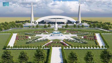 صورة صدور موافقة خادم الحرمين الشريفين على بناء مشروع جامع خادم الحرمين في الجامعة الإسلامية العالمية بباكستان