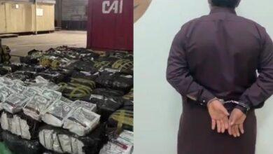 صورة شاهد.. ضبط وافدين حاولا تهريب 107 آلاف علبة سجائر داخل صهريج شاحنة تابعة لمواطن